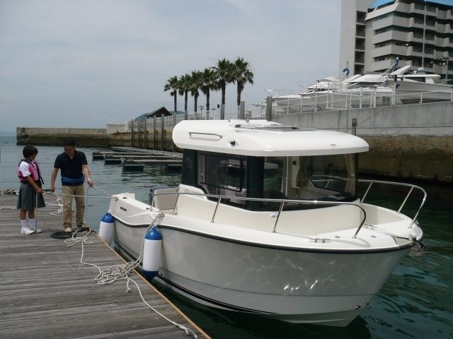QUICKSILVER 605 Pilothouse / ヤマハ F130A-4st