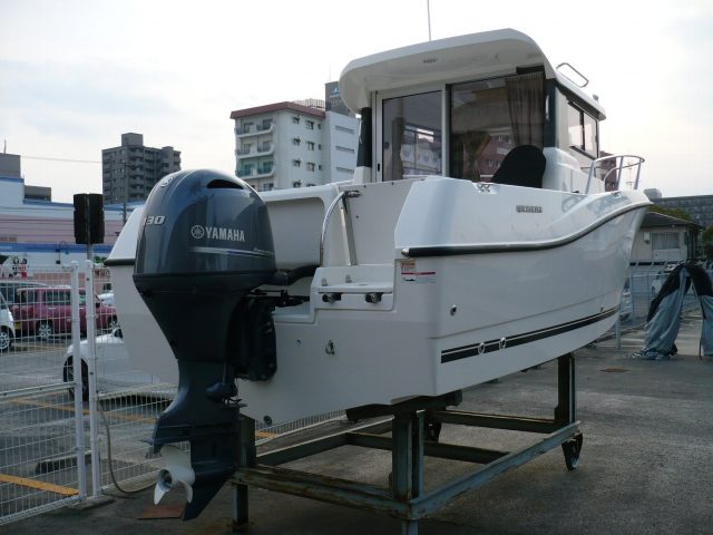 QUICKSILVER 605 Pilothouse NO.1