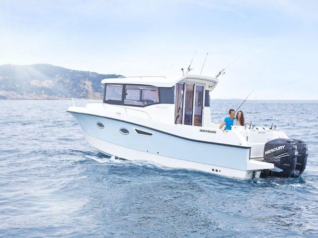 QUICKSILVER 905 Pilothouse NO.2