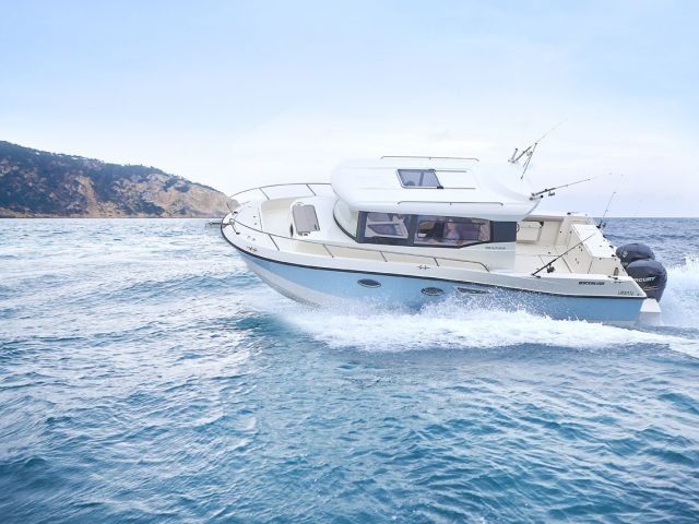 QS 905 Pilothouse / OB