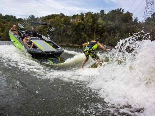 BAYLINER WAKE SPORTS WT-1 NO.2