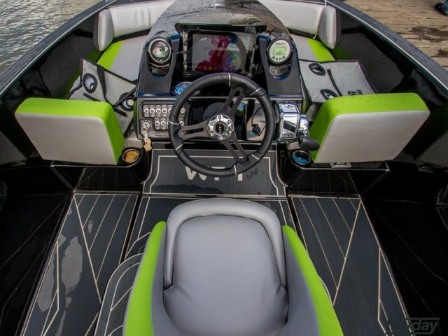BAYLINER WAKE SPORTS WT-1 NO.1